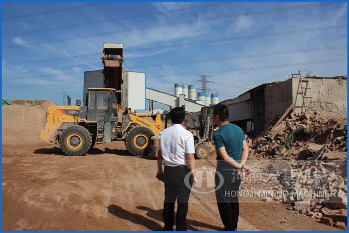 走进河南郑州资源化建筑垃圾处理厂设备生产现场